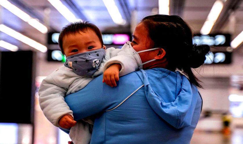 Coronavirus (Covid-19)păriní copii mici